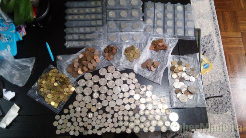 Coleção de moedas escudo