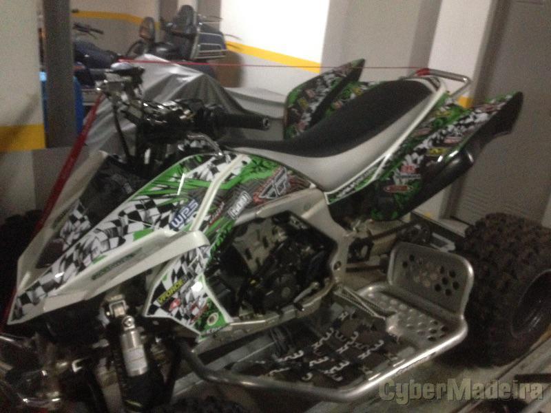 Kawazaki KFX450R 450 cc Quad