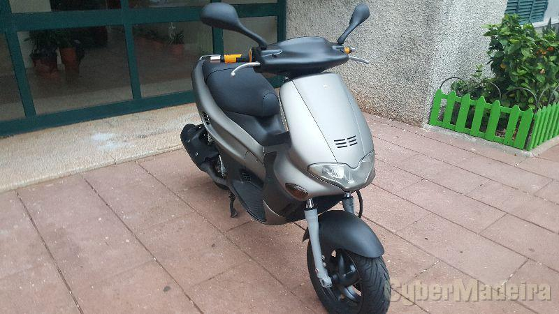 Gilera Runner VX 125 cc Scooter