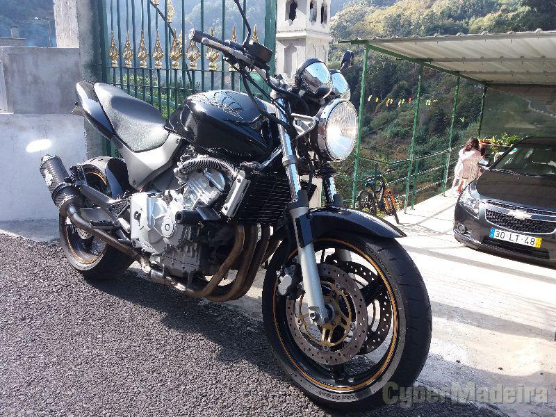 Honda Hornet 600 cc Supersport