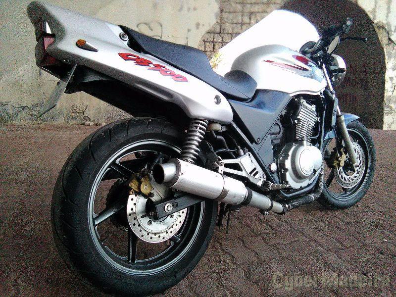 Honda CB500 500 cc Sport, turismo