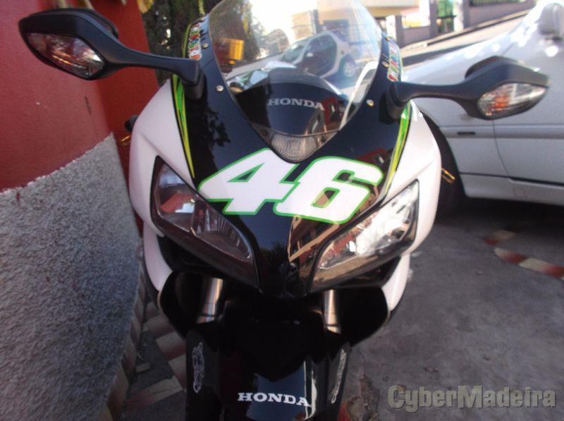 Honda 1000CC CBR 1.000 cc Supersport
