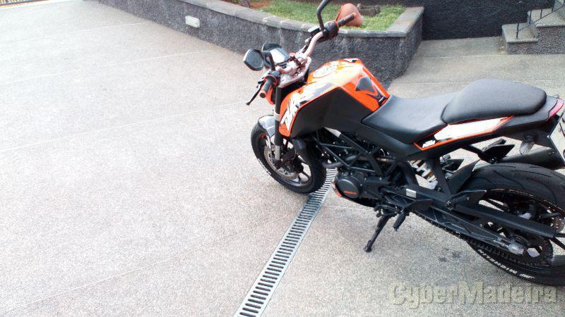 KTM Duke 125 cc Sport, turismo