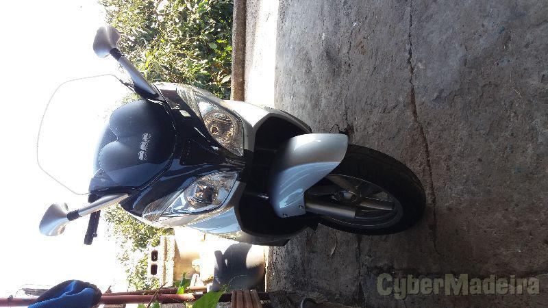 Aprilia 500 500 cc Scooter