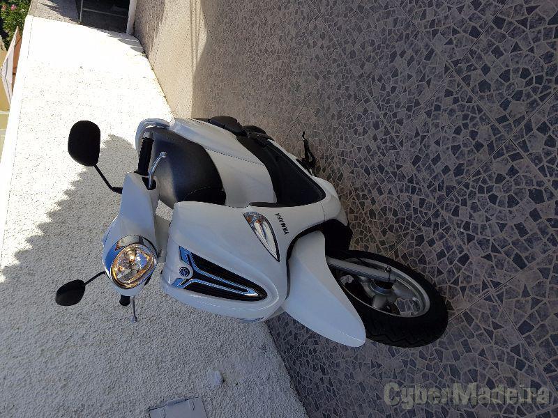 Yamaha delight 125 cc Scooter