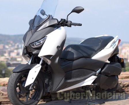 Yamaha X MAX 300 ABS 300 cc Scooter