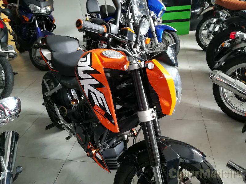 KTM Duke 200 cc Supermoto