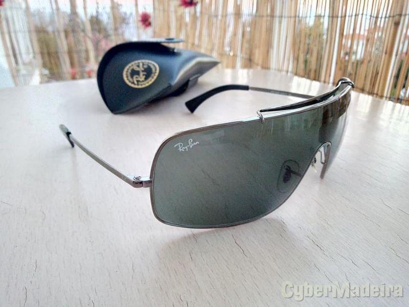 Óculos de Sol Ray-Ban (RB3349 004/71)