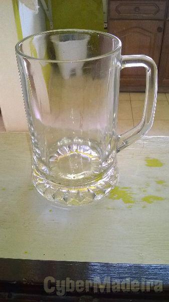 4 canecas de cerveja de um litro. novas  nunca usadas