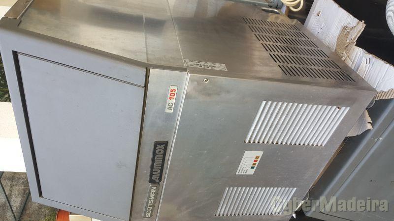 Máquina de gelo 50 kg diarios