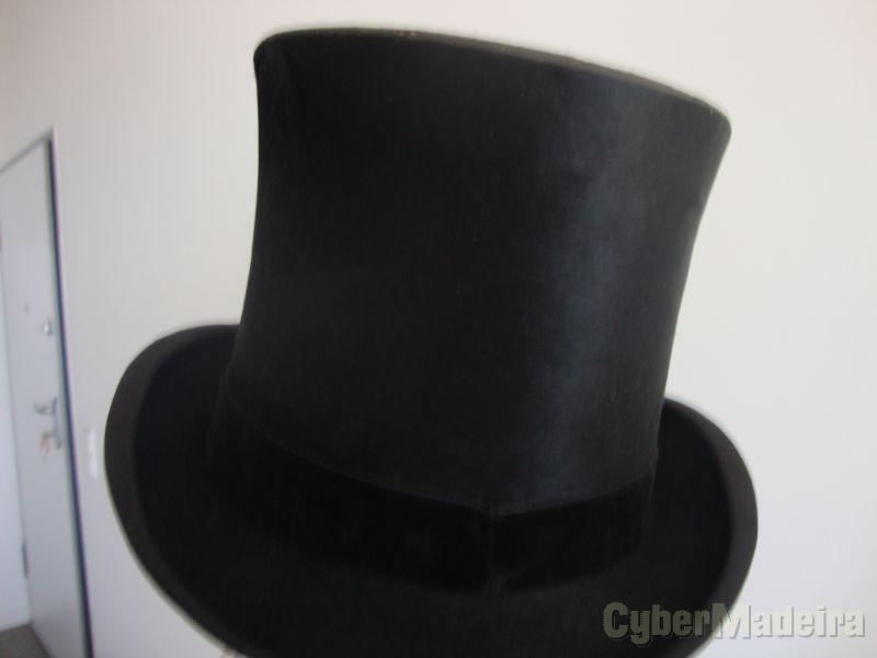 chapéu alto de coco