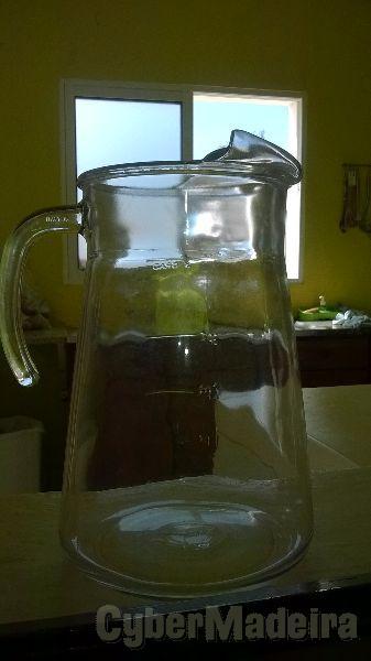 4 jarros de vidro luminarc de 4 litros cada um. novos  nunca usados  aproveite