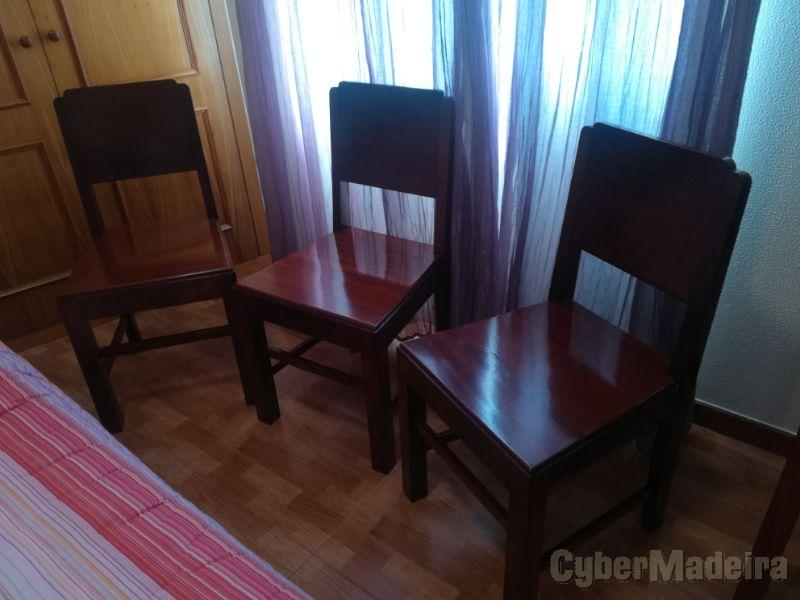 Cadeiras Mogno