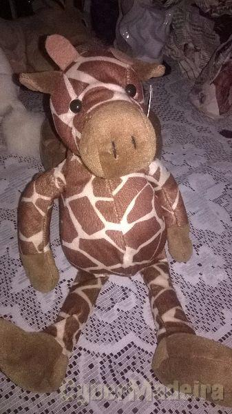 Peluche girafa novo  peluche anti-alérgico de óptima qualidade