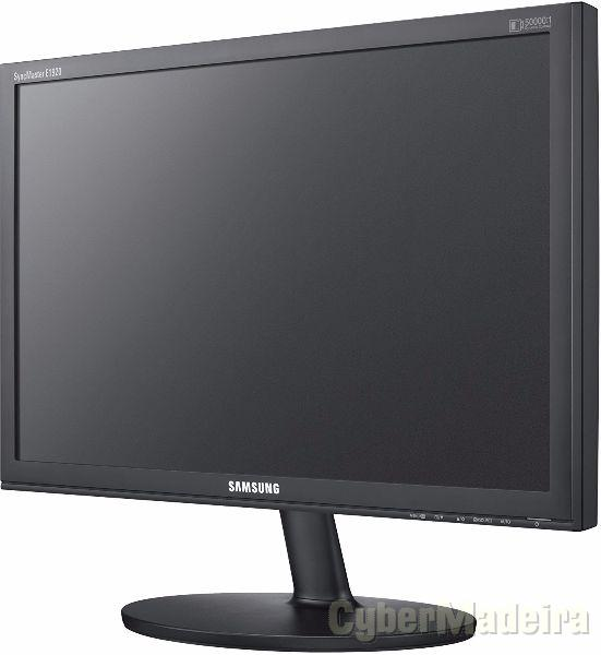 Monitor samsung syncmaster E1920