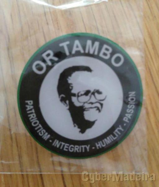 Crachat Oliver Tambo