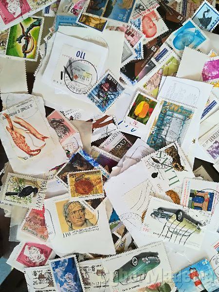 Lote de +-3500 selos